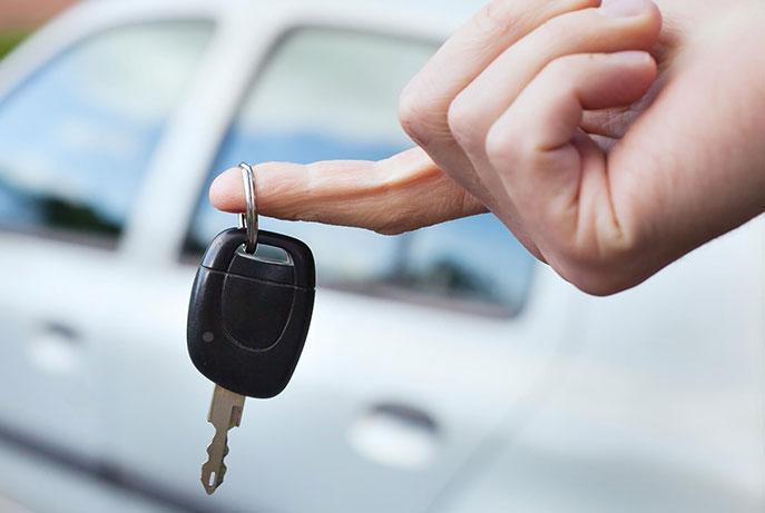 Prêt de véhicule de courtoisie pendant le diagnostic et la réparation de votre voiture